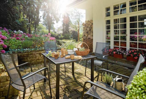 Gartenmöbel nach Material
