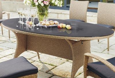 gartentisch als ausziehtisch rund oder eckig gartentische kaufen. Black Bedroom Furniture Sets. Home Design Ideas